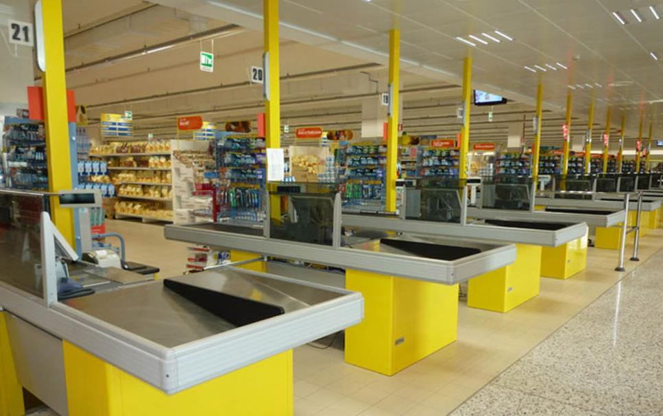 Tecnostrutture - Arredamento Negozi - Prezzi scaffali metallici, compravendita scaffalature ...